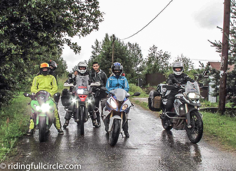 ridingfullcircle heather lea dave sears around the world on motorocycles russian rainy summer